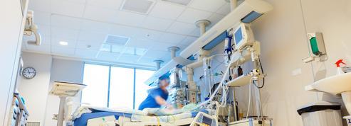 Covid-19 : le nombre de malades en réanimation repasse sous la barre des 5000