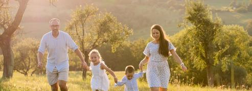 Placements abusifs d'enfants : du drame familial à l'hystérie conspirationniste
