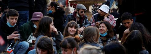 Vaccination, déconfinement : une majorité de Français optimiste