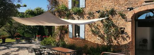 Vacances d'été : les Français se ruent sur les maisons dans l'Hexagone