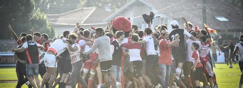 Au terme d'un incroyable derby, Biarritz s'impose aux tirs au but contre Bayonne et retrouve l'élite sept ans après