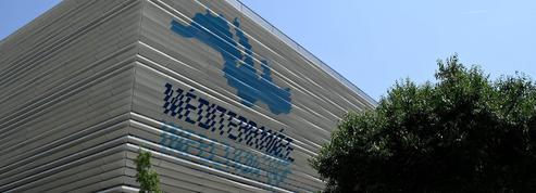 Marseille : l'IHU du professeur Raoult perquisitionné lundi