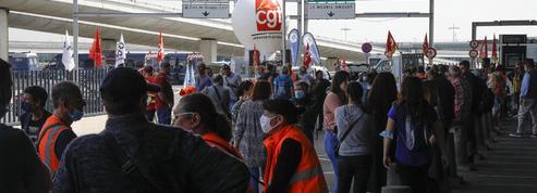 Départs en vacances : à Roissy, les voyageurs plus perturbés par les grèves que par les contrôles sanitaires