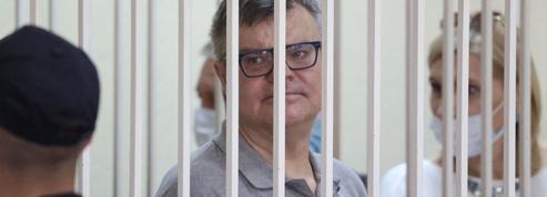 Biélorussie : l'un des principaux opposants à Loukachenko condamné à 14 ans de prison