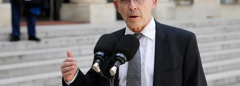«Si la réforme des retraites revient, Emmanuel Macron nous trouvera sur son chemin», assure Yves Veyrier