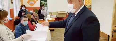 Bulgarie : les conservateurs de Borissov au coude-à-coude avec un nouveau parti antisystème