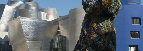 Recherche 100.000 euros pour sauver le chiot géant de Jeff Koons au musée Guggenheim Bilbao