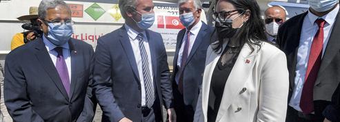 En Tunisie, «l'effort inédit» de solidarité de la France contre le Covid