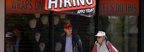 États-Unis : inscriptions au chômage en dents de scie, baisse sur une semaine