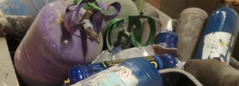 Les bonbonnes de gaz hilarant, cauchemar des usines de traitement des déchets
