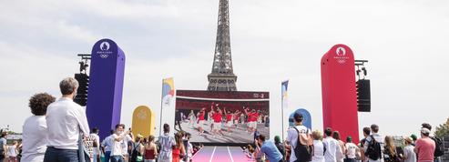 Woodkid allume le feu des Jeux olympiques de Paris 2024 avec concert gratuit au Trocadéro