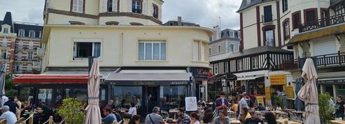 «C'est quand même pénible» : à Trouville-sur-Mer, le tourisme à l'épreuve du passe sanitaire