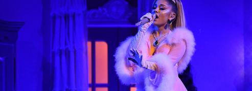 Ariana Grande s'engage à son tour pour la vaccination à travers ses 250 millions de fans