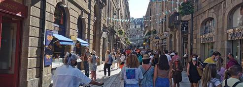 «Il y a beaucoup de monde» : la ville de Saint-Malo a retrouvé ses vacanciers