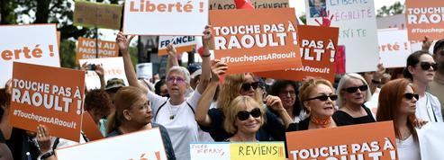 EN DIRECT - Mobilisation anti-passe sanitaire : 175.500 manifestants dans toute la France, en baisse par rapport à samedi dernier