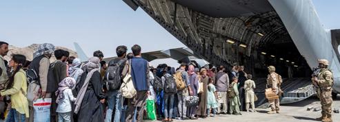 Paris veut un délai pour évacuer Kaboul
