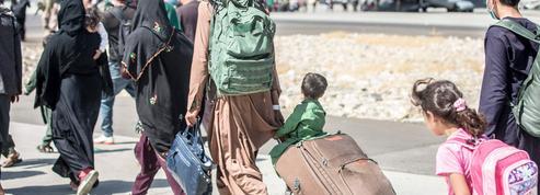 Afghanistan : deux nouveaux groupes d'évacués de Kaboul arrivés à Paris ce mardi