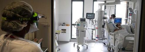 Covid-19: la baisse du nombre de patients hospitalisés se poursuit
