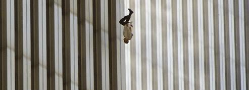 11-Septembre : l'histoire glaçante derrière la photographie du «Falling Man»