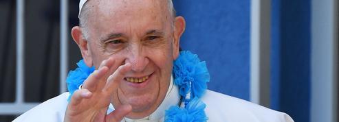 Slovaquie: le pape rencontre les Roms au cœur d'une des régions les plus pauvres d'Europe