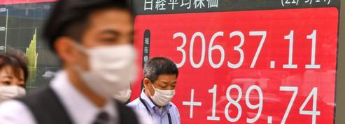 La Bourse de Tokyo finit en hausse, scrutant la lutte pour le pouvoir au Japon