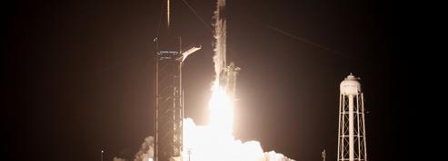 SpaceX : les touristes spatiaux américains «heureux» et «en bonne santé»