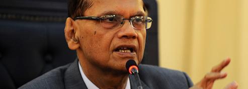 À court d'argent, le Sri Lanka demande l'aide des Émirats pour acheter du pétrole