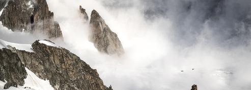 Mont-Blanc : un alpiniste meurt dans un éboulement de moraine