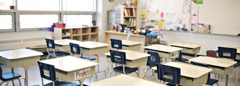 Covid-19 : le nombre de classes fermées continue de baisser