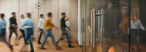 Discrimination au travail : l'âge en tête des inquiétudes exprimées par les salariés