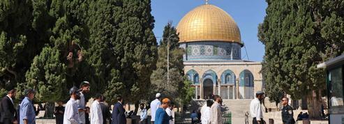 Un tribunal israélien maintient l'interdiction de prières juives sur l'esplanade des Mosquées, annulant une première décision