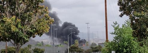 Un petit avion s'écrase sur un quartier résidentiel à l'Est de San Diego, 2 morts
