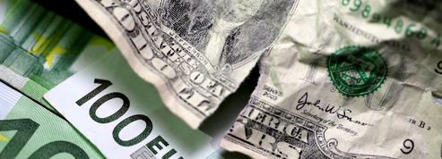 Le dollar en baisse après l'inflation américaine