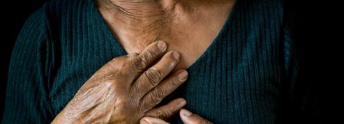 Embolie pulmonaire, phlébite : ces signes avant-coureurs à connaître absolument
