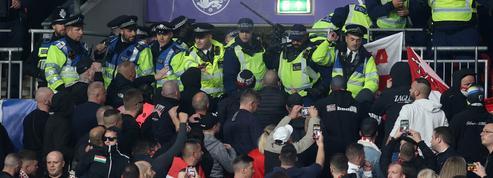 Foot : des supporteurs hongrois interdits de stade après les heurts en Angleterre