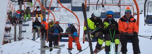Ski : les remontées mécaniques pourront ouvrir sans passe sanitaire