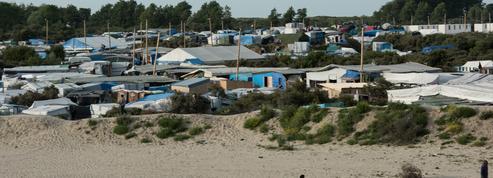 Calais : les associations dénoncent un «vol systématisé» des affaires des migrants