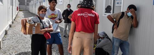 Grèce : des migrants laissés sans nourriture, selon des ONG