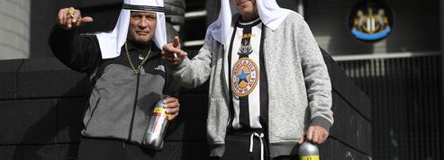 Premier League : les supporters de Newcastle priés de ne plus porter de déguisements saoudiens au stade