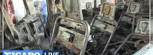 En Syrie, 14 morts dans l'attaque d'un bus militaire à Damas et un bastion rebelle bombardé