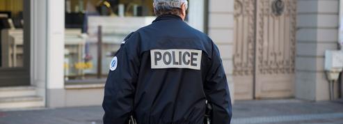 Colombes : un homme armé d'un couteau menace des policiers avant d'être abattu