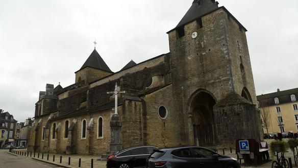 France: profanations d'églises - Page 2 Ef3508a6159dfc250dc44842bb24f5a01fddca412aed2d3a18b796aae10546cb