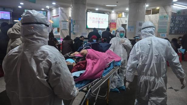 Des patients pris en charge à l'hôpital de Wuhan.