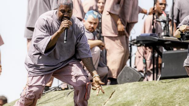 Kanye West, lors du festival Coachella en avril 2019.