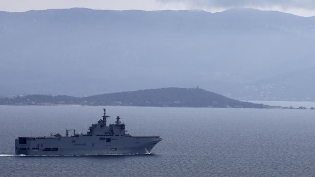 Le porte-hélicoptères Tonnerre, au large de la Corse, en mars dernier