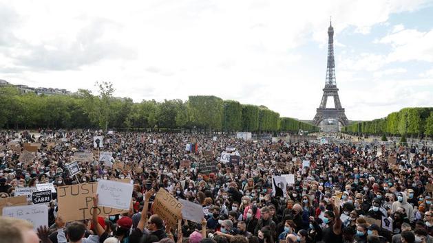 EN DIRECT - «Violences policières» : des rassemblements en France malgré les interdictions
