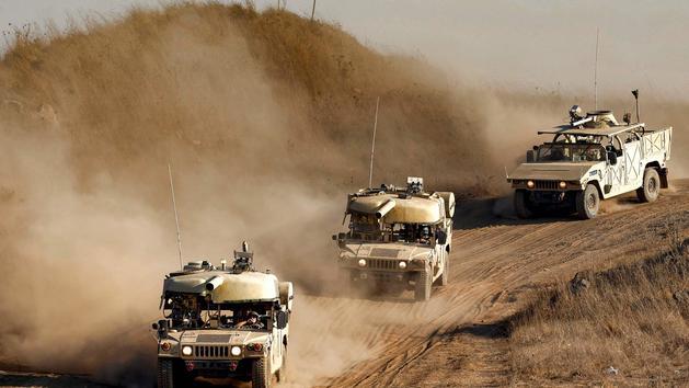 L'armée israélienne réduit son déploiement à la frontière du Liban