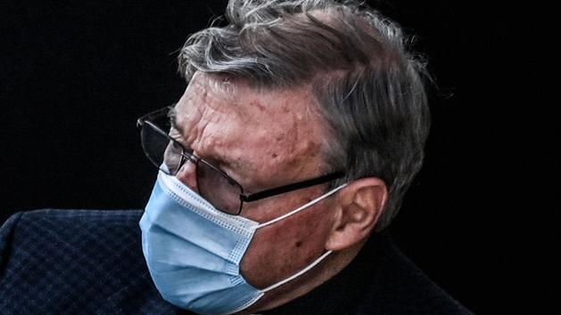 Pédophilie : la police enquête sur des soupçons de transfert d'argent dans l'affaire du cardinal Pell