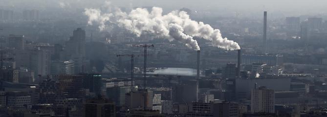 Taxe carbone : la Cour des comptes estime sa hausse «inéluctable»