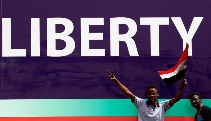 La contestation appelle à marcher sur le palais présidentiel — Soudan